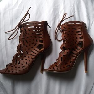 HeartSOUL heels